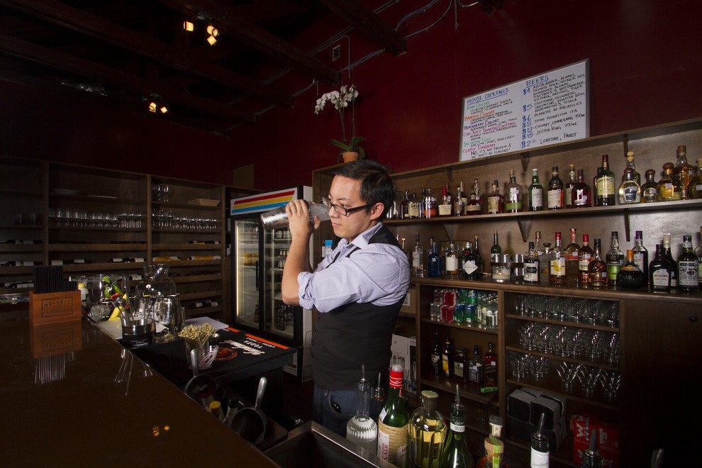 Tba san antonio nightlife review 10best experts and for Craft beer store san antonio