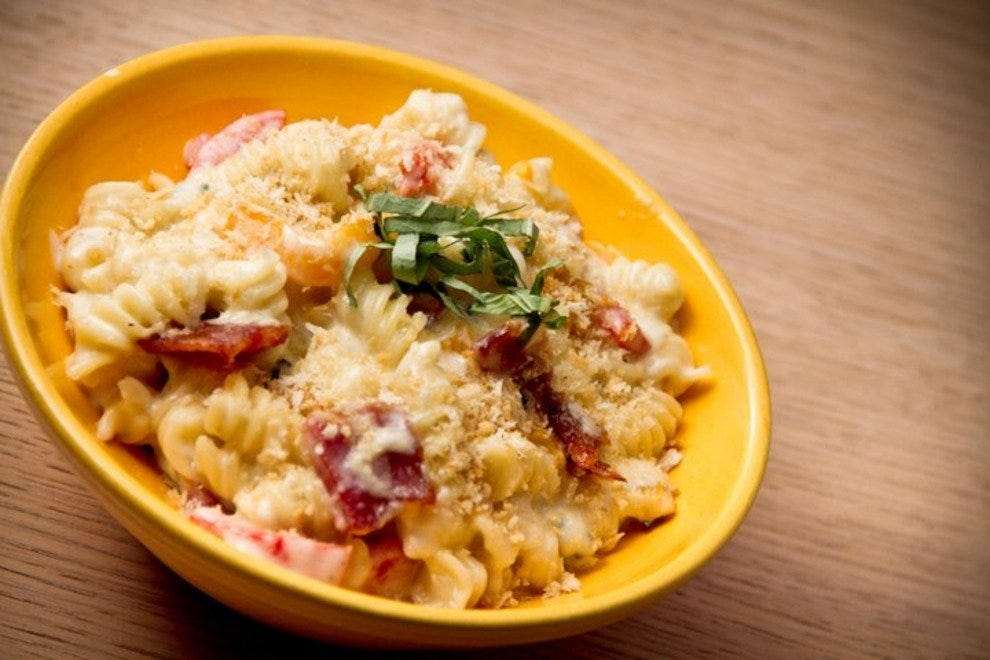 Craft, not Kraft: The Crooked Spoon's six-cheese mac 'n' cheese