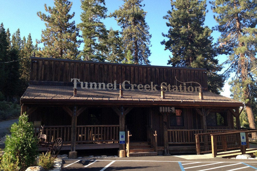 Tunnel Creek Station and Cafe