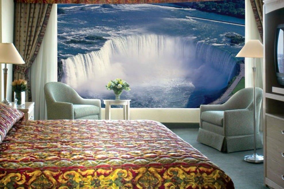 niagara falls best hotels