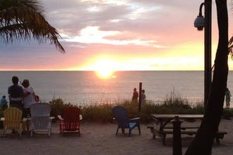 From Romantic to Rowdy, Waterfront Dining Options in Fort Myers Satisfy