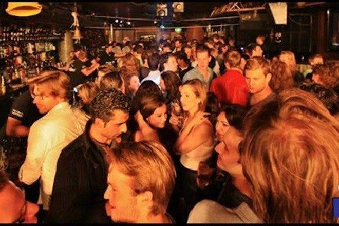 night club amateur dance
