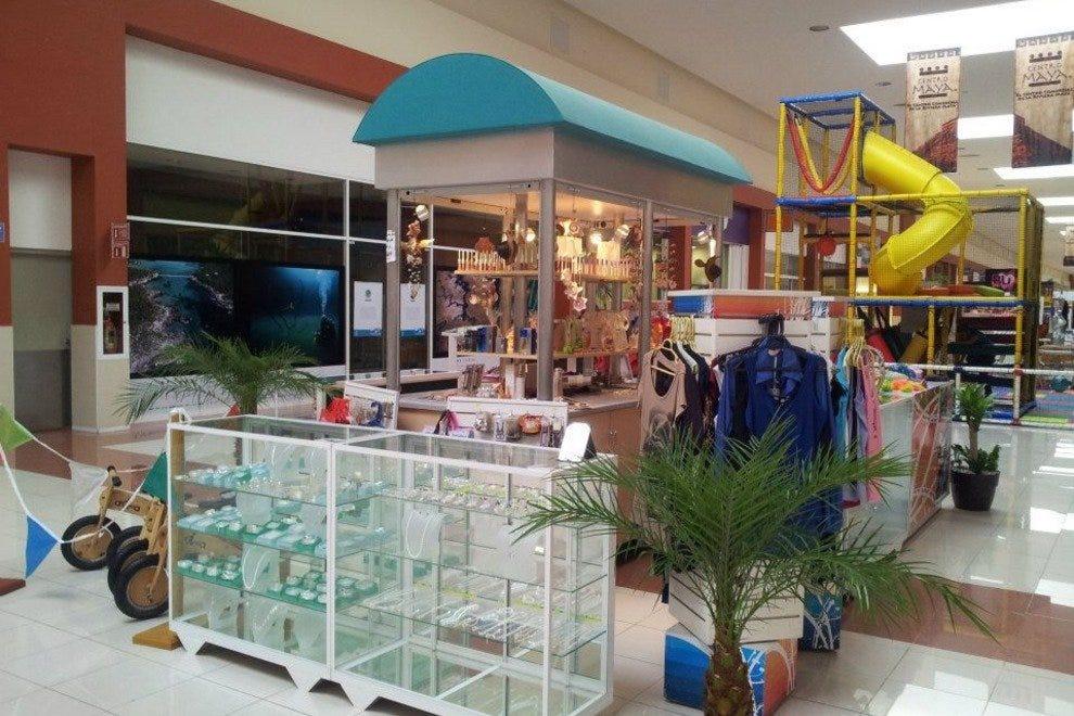 Centro Maya: Cancún Shopping Review
