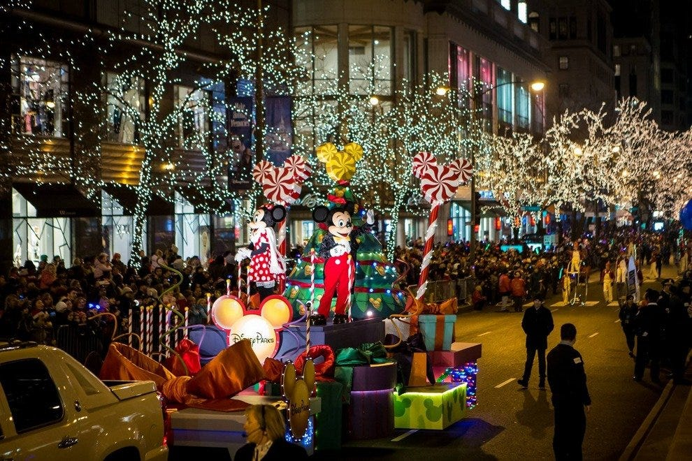 Magnificent Mile Lights Festival Ushers in Holiday Season