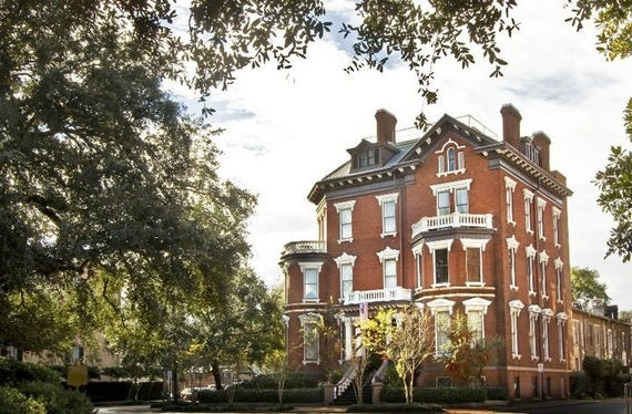most haunted bed and breakfast in savannah ga