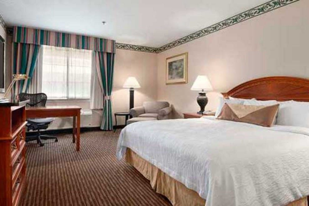 Hilton Garden Inn Palm Springs Rancho Mirage Palm Springs Hotels Review 10best Experts And