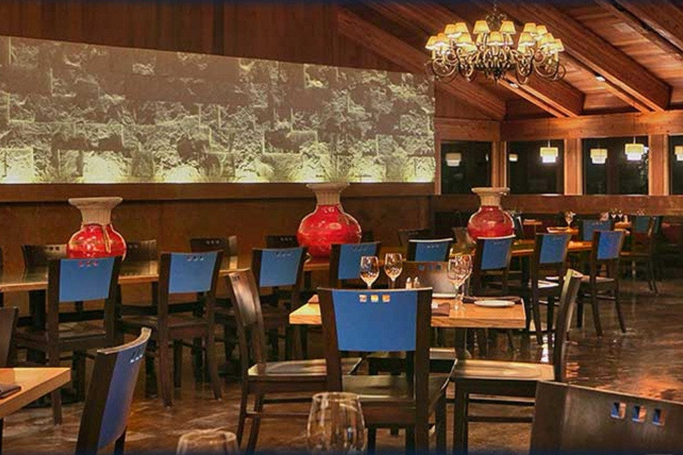 The Timbers restaurant at Lakeside Inn