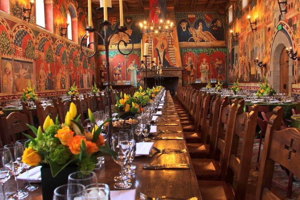 Raise a Glass in an ltalian Great Hall for the Ultimate Tasting Experience