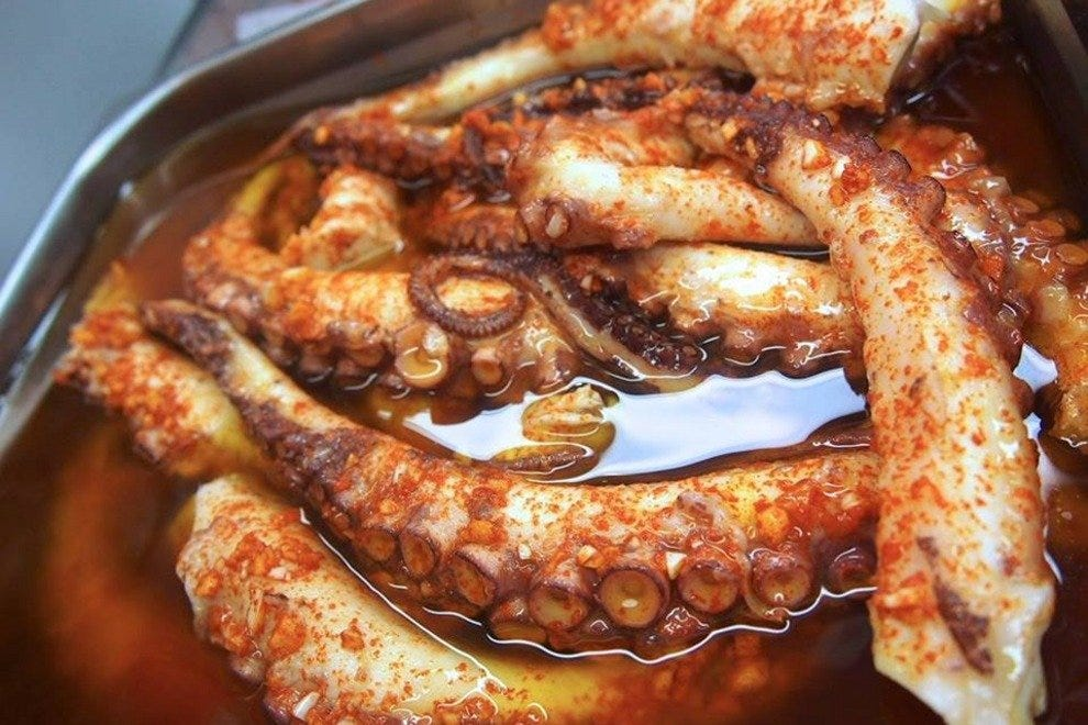 Pulpo de Galicia is among the savory wares of La Bretxa