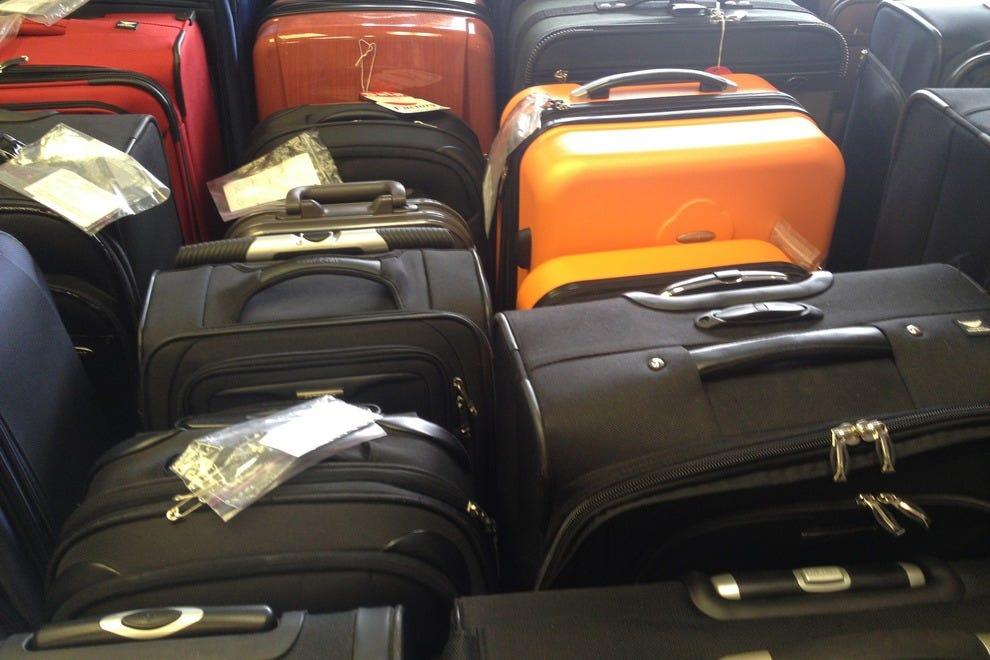 Luggage repair in london