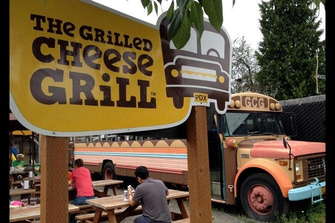 Food Trucks: Restaurants in Portland