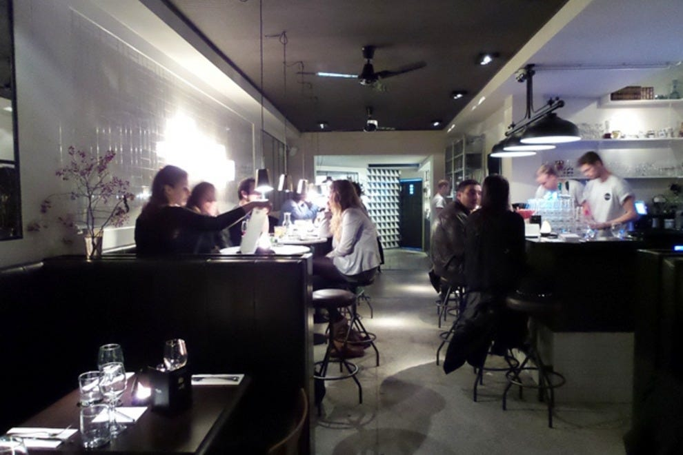 La Cacerola Cafe And Restaurant