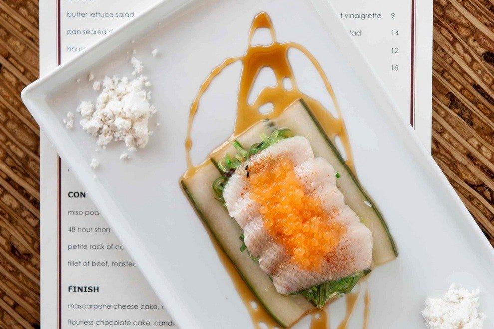 斯特拉的便餐和优雅的晚餐全年供应。