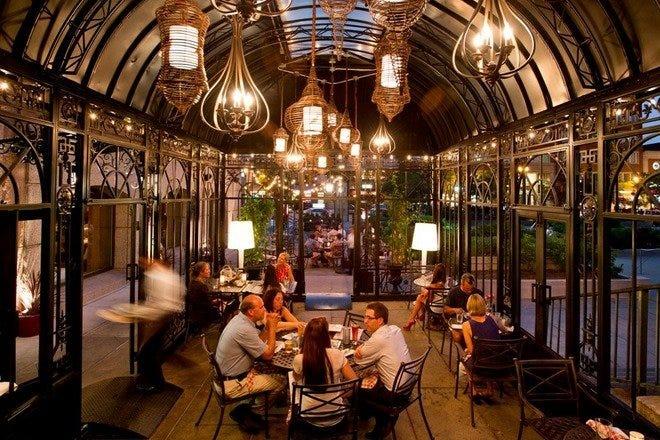 Restaurant Slideshow Late Night In Boston