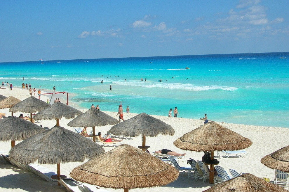 Sunny day at the beach in Cancun