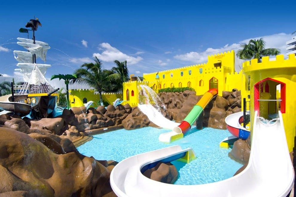 Hotel Slideshow Family Friendly Hotels In Cancún 10