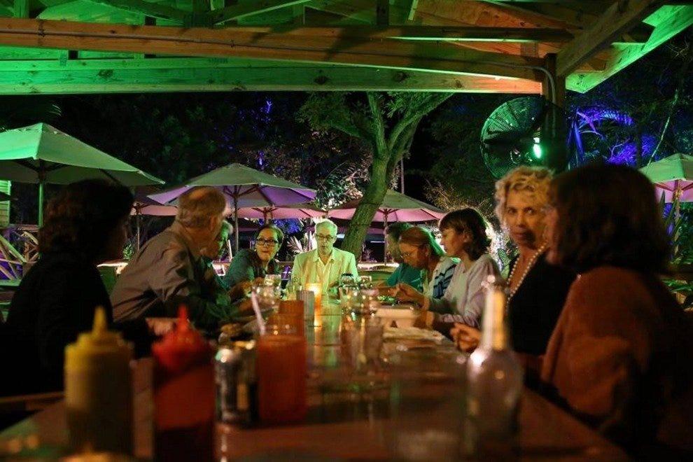 花园咖啡厅及酒吧(位于花园花园)
