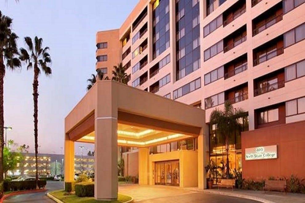embassy suites anaheim orange orange county hotels. Black Bedroom Furniture Sets. Home Design Ideas