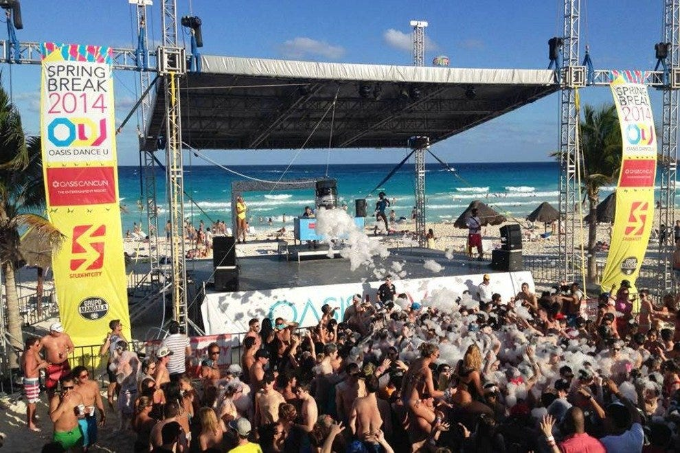 Oasis Cancun Resort Caters To Spring Break Vacationers