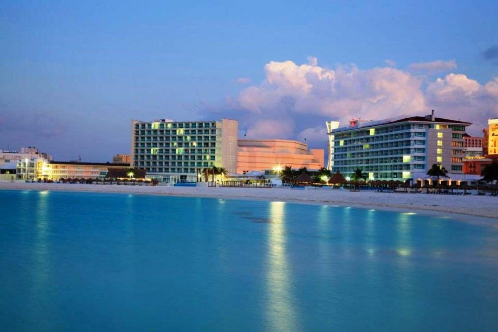 Party Hotels Hotels In Cancun