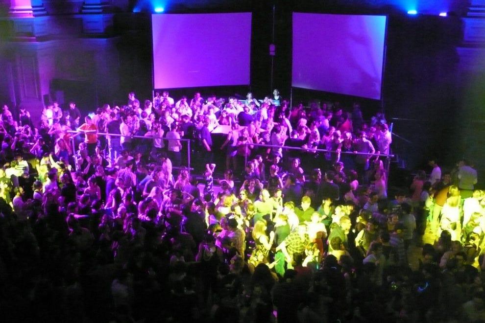 Rome Night Clubs, Dance Clubs: 10Best Reviews
