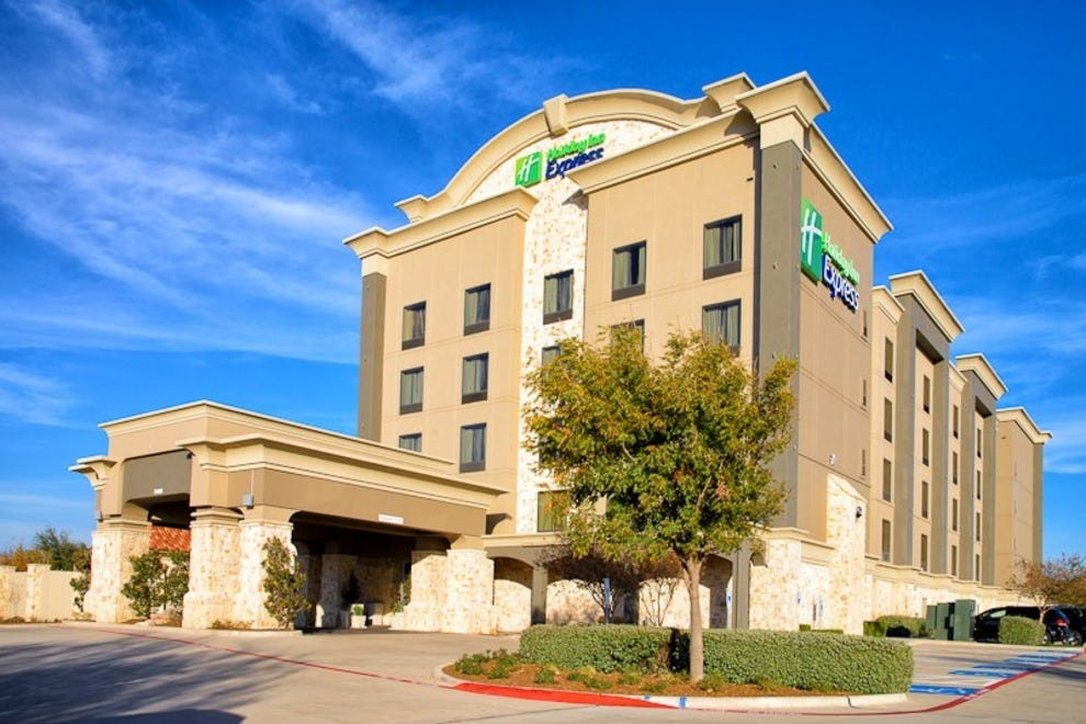 holiday inn express frisco dallas hotels review 10best. Black Bedroom Furniture Sets. Home Design Ideas