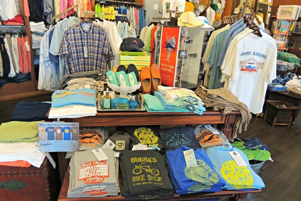 The Island Clothing Store - Universal CityWalk