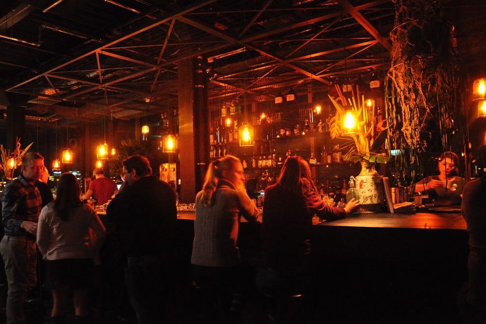 berlin single bar