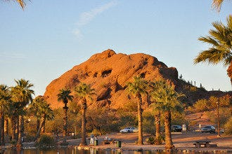 One-Day Scenic Drive through Phoenix's Red Rock Buttes