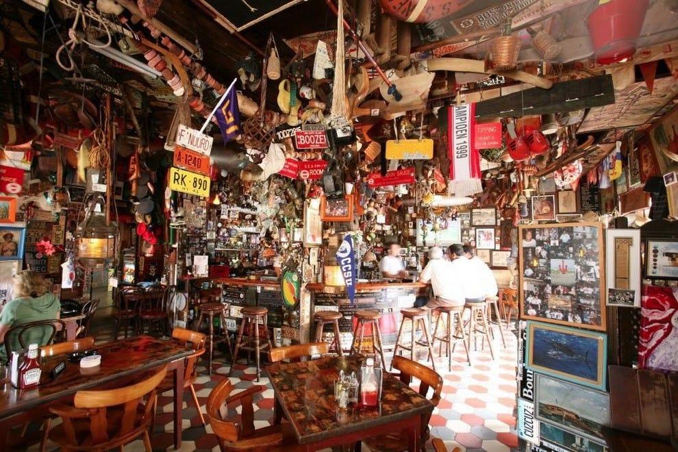 Aruba bars pubs 10best bar pub reviews - Pictures of bars ...