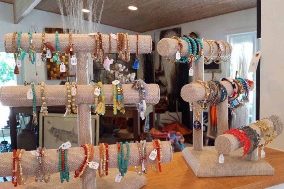 Jewelry at Miss Monroe in uCumbe