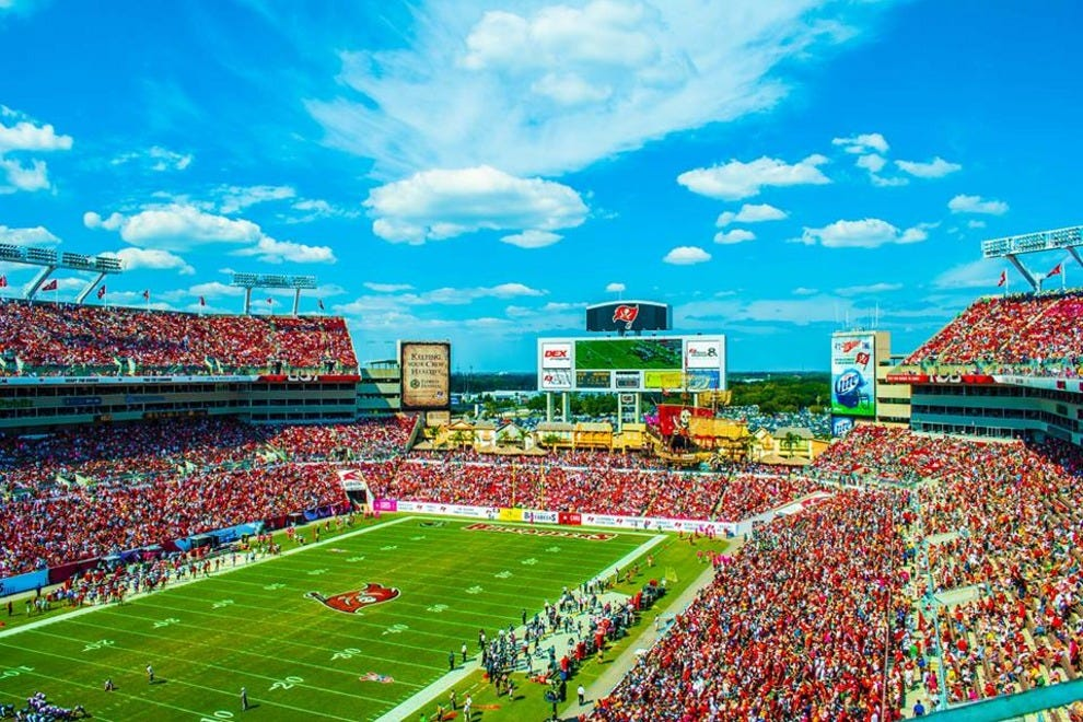Hotels near Raymond James Stadium: Hotels in Tampa