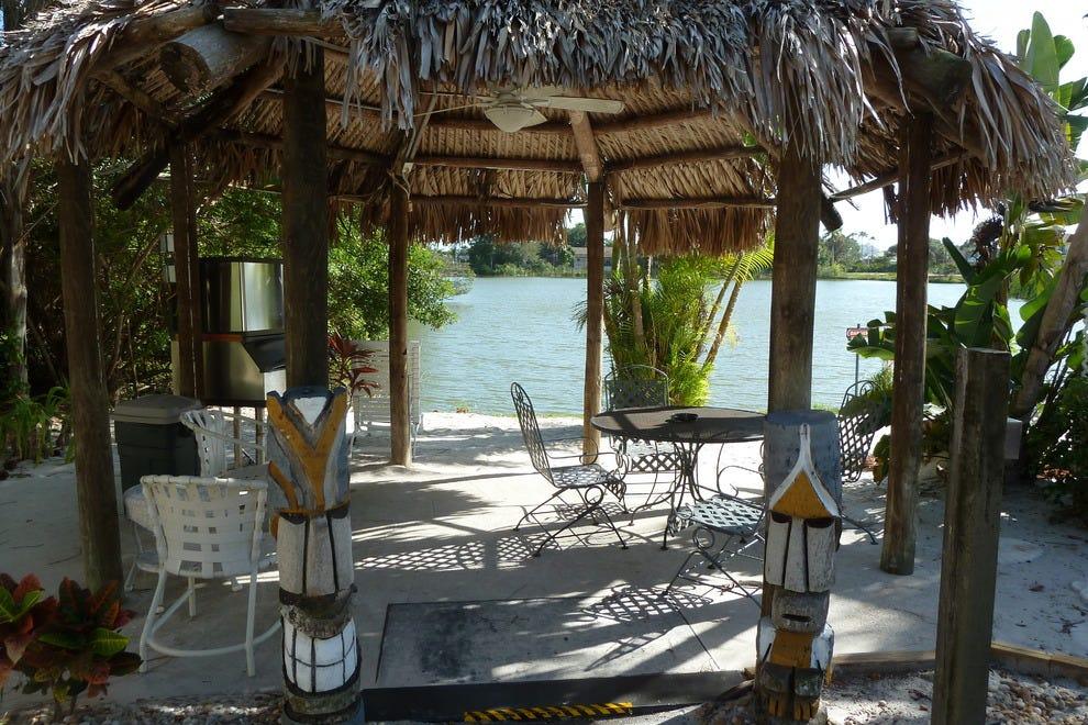 Cheap Resorts In Marco Island