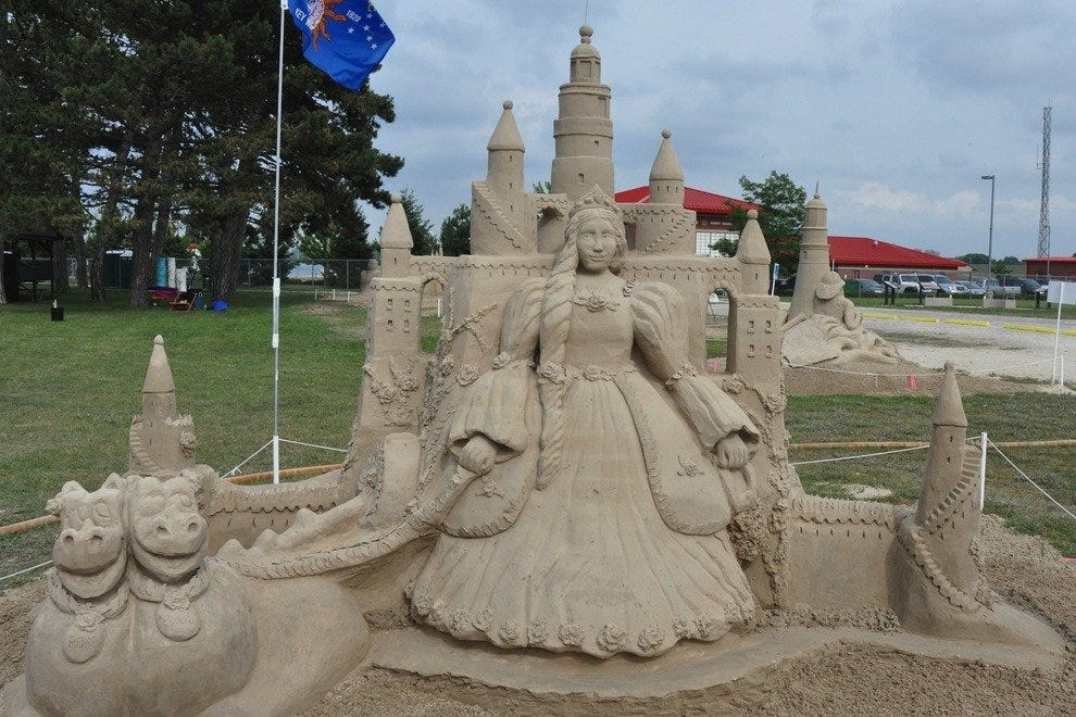 Created by Master Sand Sculptor Sandi Stirling from Dundas, Canada