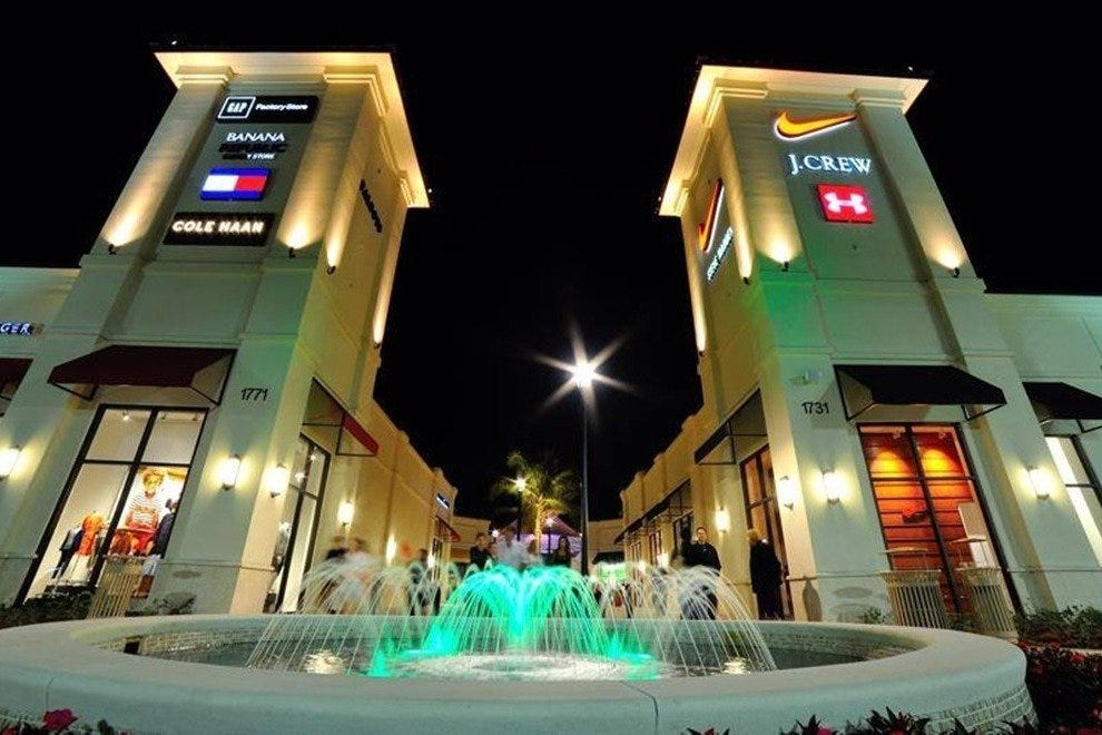 Palm Beach Outlets welcomed over one million shoppers in its first month of business