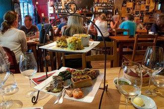 从葡萄到玻璃:烤里斯本酒吧