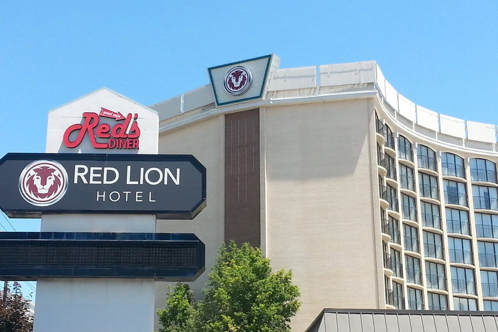 Hotels Near Energy Solutions Arena