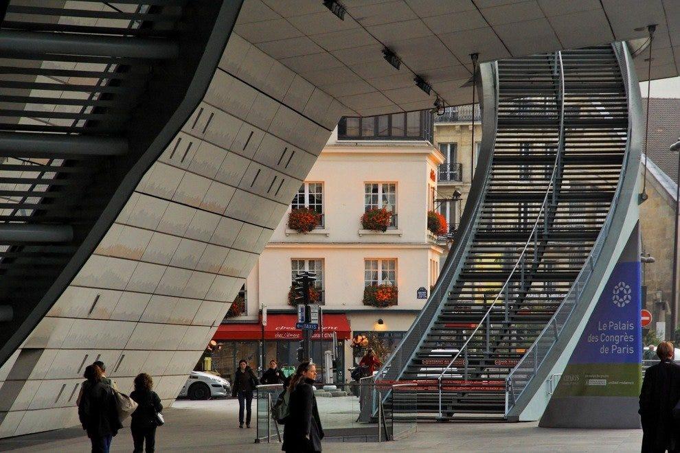 Boutiques du Palais des Congrès: Paris Shopping Review - 10Best ...