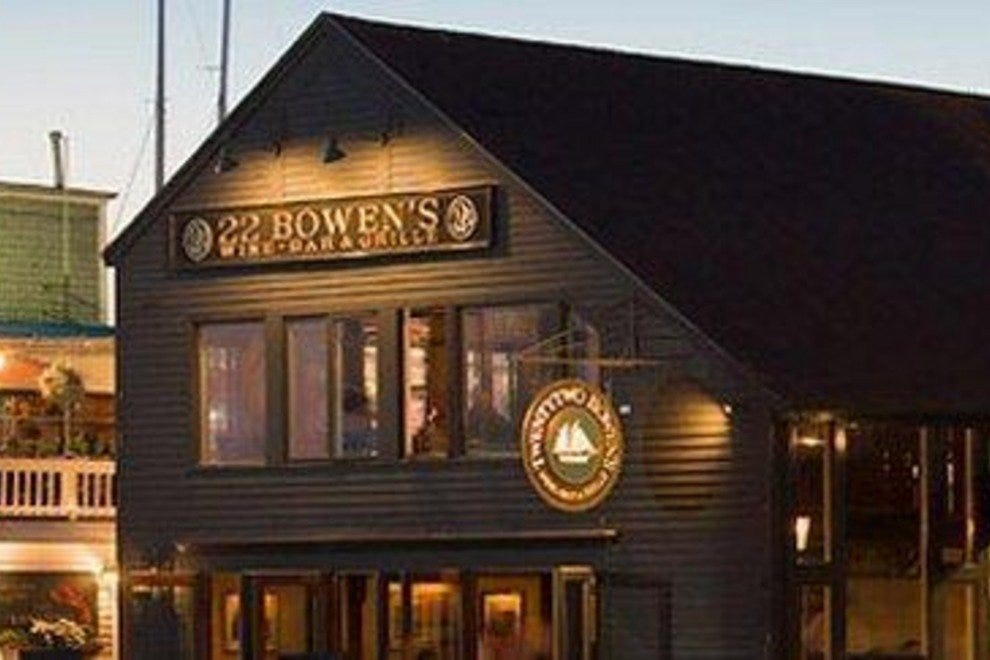 22 Bowen's Wine Bar & Grille