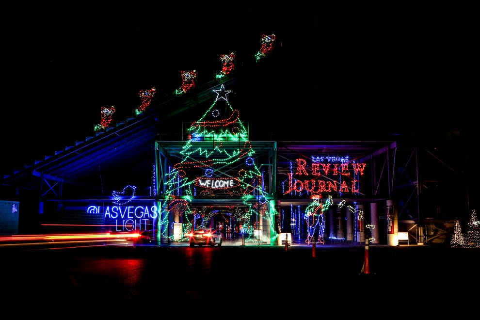 Holiday attractions attractions in las vegas for Hotels by las vegas motor speedway