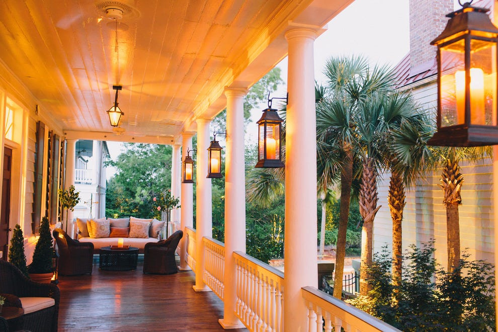 Charleston romantic hotels in charleston sc romantic for Small historic hotels