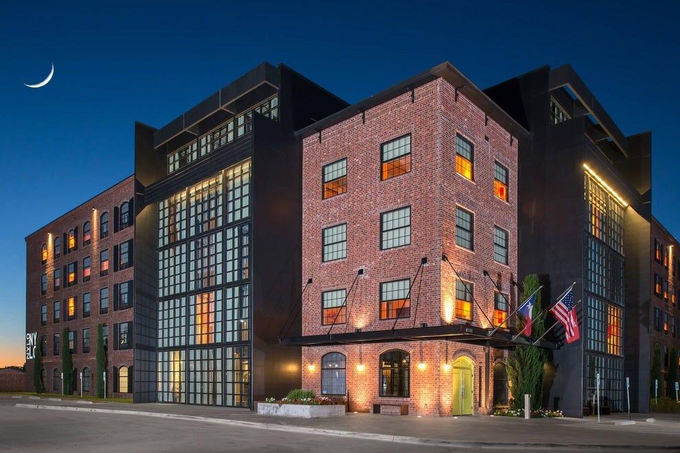 dallas budget hotels in dallas tx cheap hotel reviews. Black Bedroom Furniture Sets. Home Design Ideas