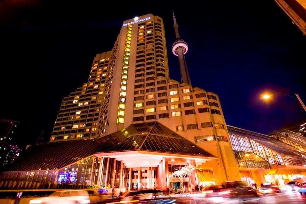 Hotels Near Rogers Centre Hotels In Toronto