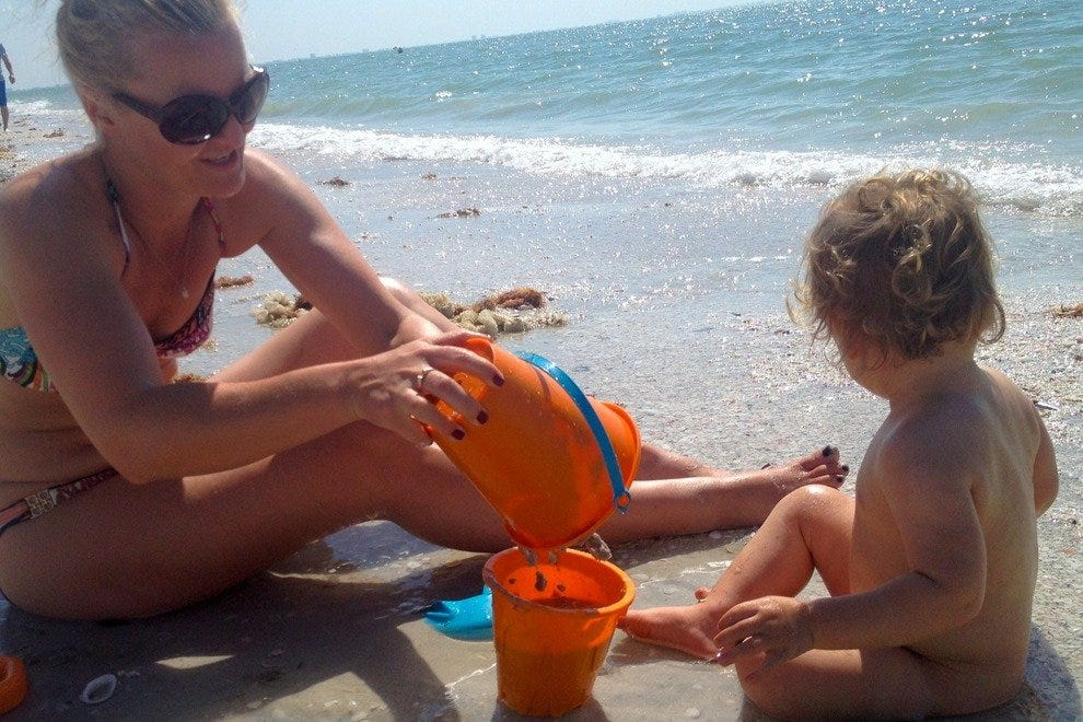 The beaches on Sanibel Island are perfect for families