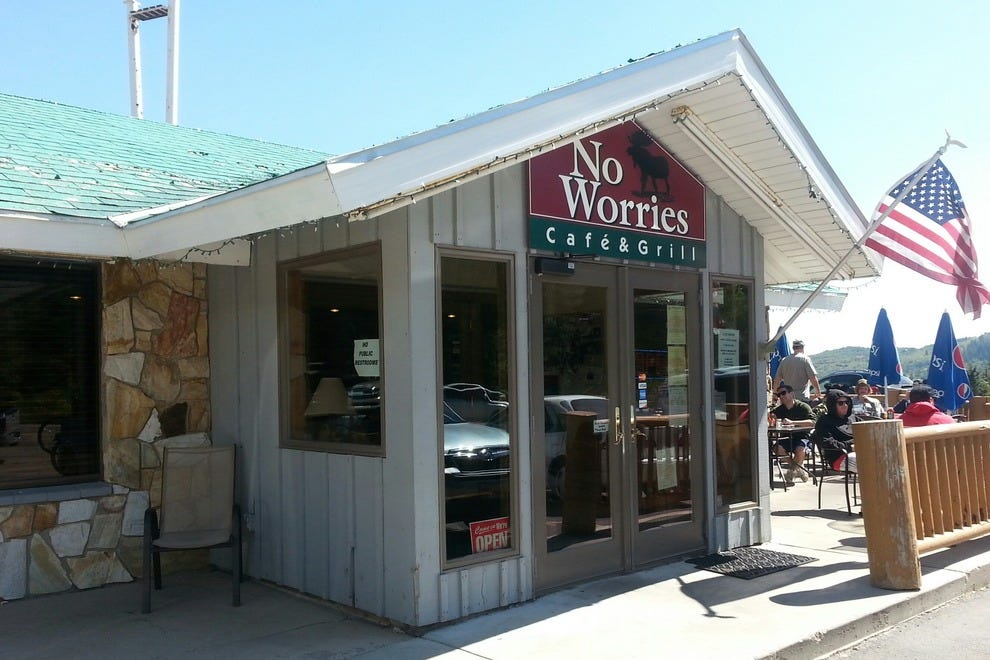 No Worries Cafe & Grill