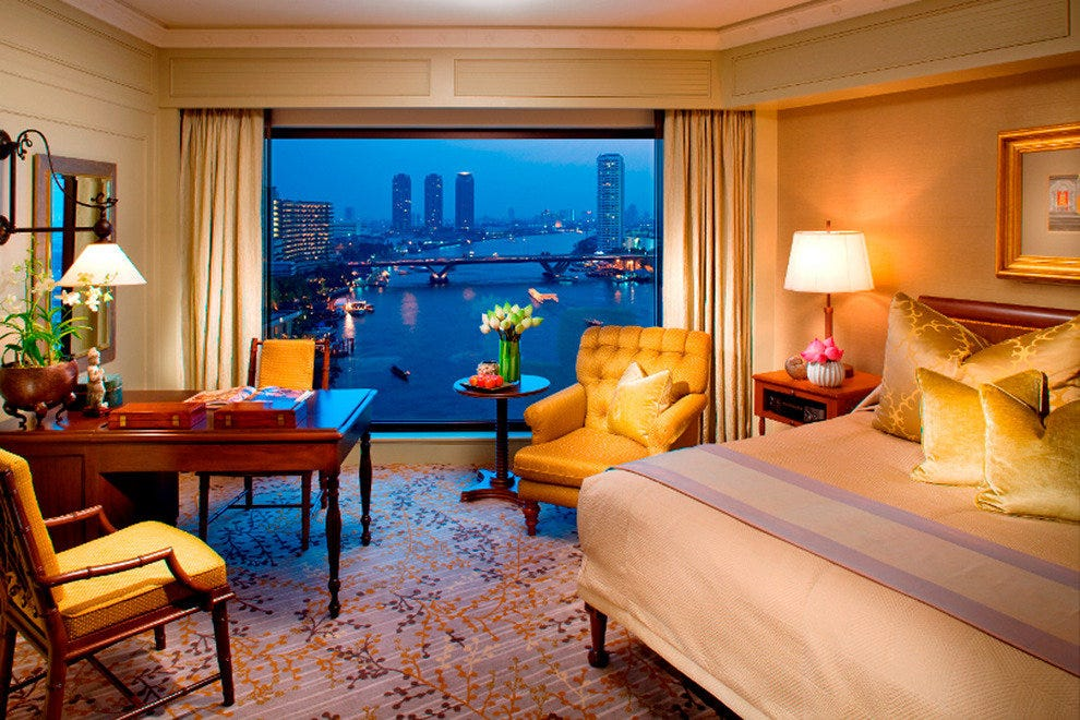 Riverside Luxury at the Mandarin Oriental Bangkok