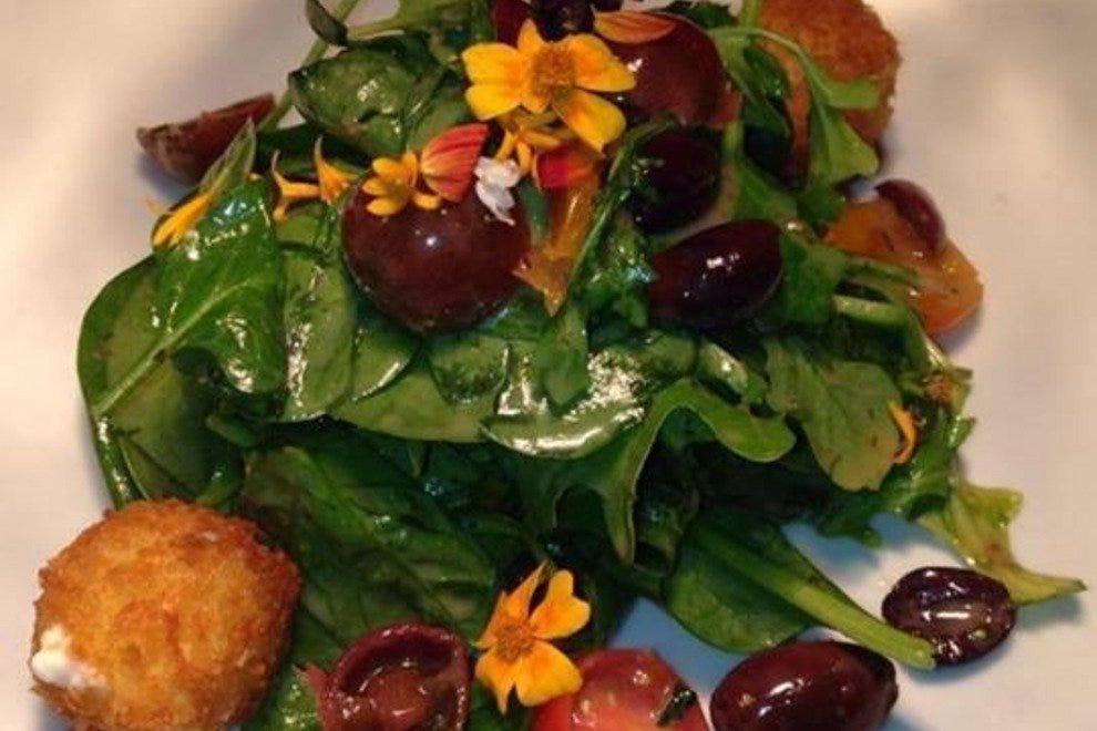 Dish creative cuisine palm springs restaurants review for Creation cuisine