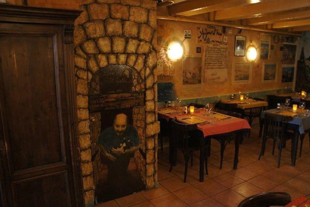 Le Petit Latin 10 лучших французских ресторанов в Амстердаме 10 лучших французских ресторанов в Амстердаме p 1236296 162803137256570 520167375 n 54 990x660
