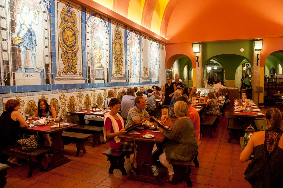 travel guide lisbon restaurants