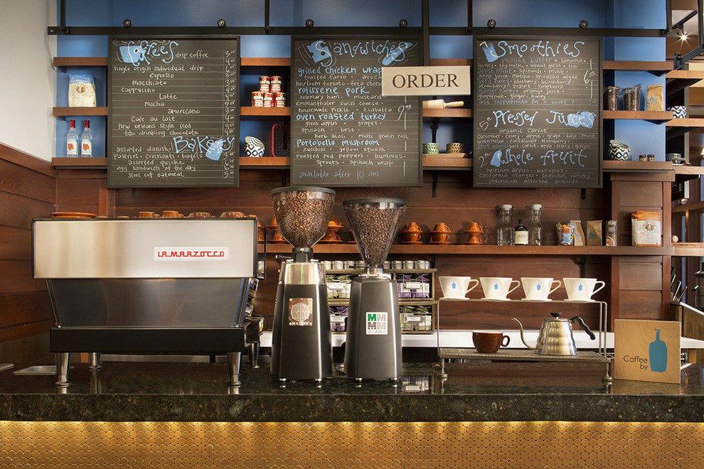 咖啡馆的蓝色